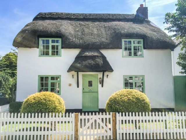 Thatchings - 928534 - photo 1