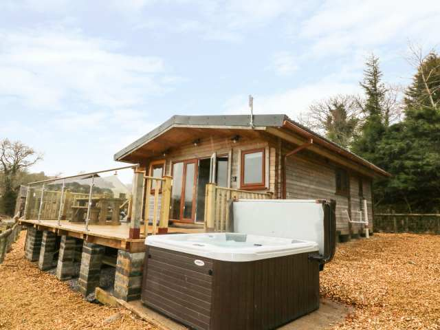 Remote Log Cabins To Rent Secluded Holiday Lodge Hire Uk Sykes