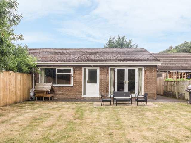 Allensford Cottage - 933545 - photo 1