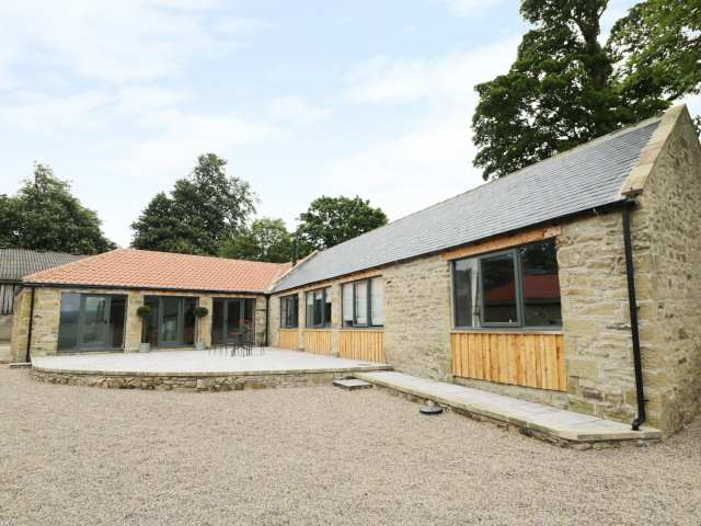 The Byre, Sedbury Park Farm - 935175 - photo 1