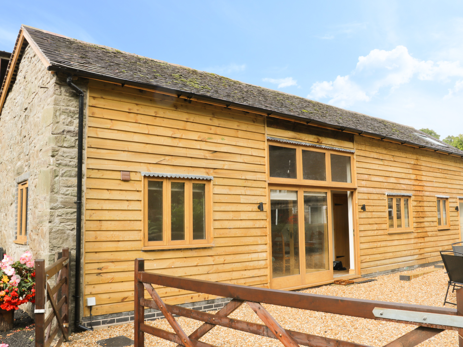 The Barn at Pillocks Green - 942354 - photo 1