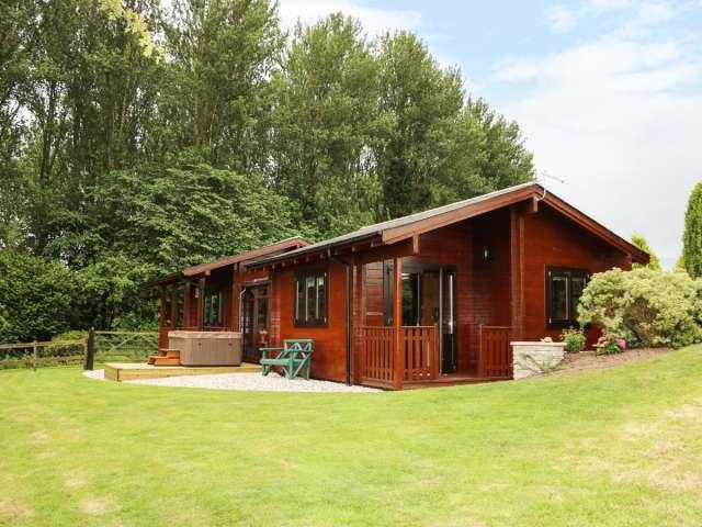 Lynn Croft Lodge - 951242 - photo 1