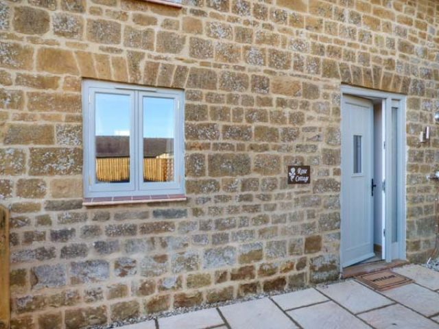 Rose Cottage - 951965 - photo 1