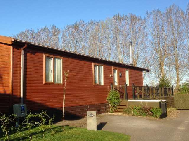Woodpecker Lodge - 952557 - photo 1