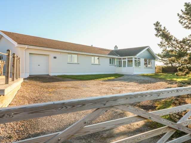 Seaport Lodge - 959645 - photo 1