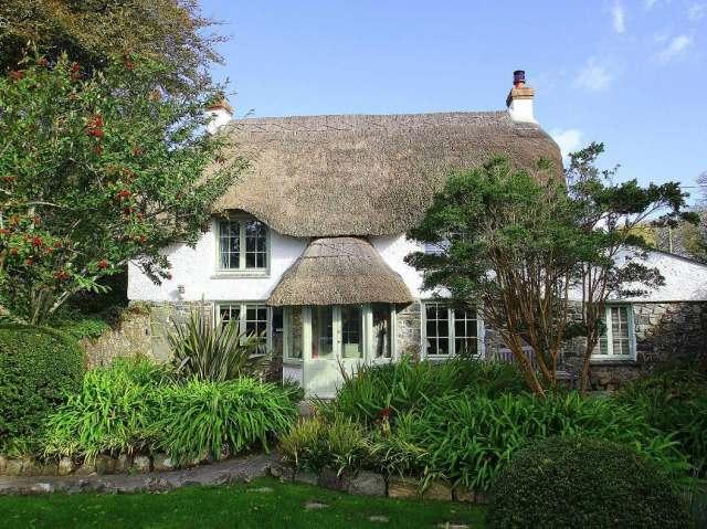 Thatch Cottage - 959742 - photo 1