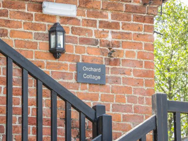 Orchard cottage - 969925 - photo 1