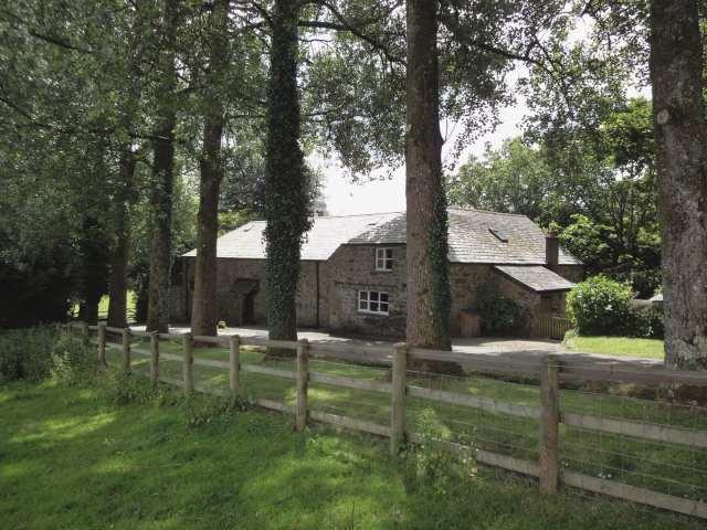 Pigwigs Place - 975852 - photo 1