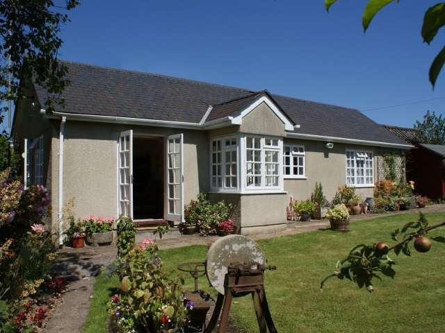 Wolston Cottage photo 1