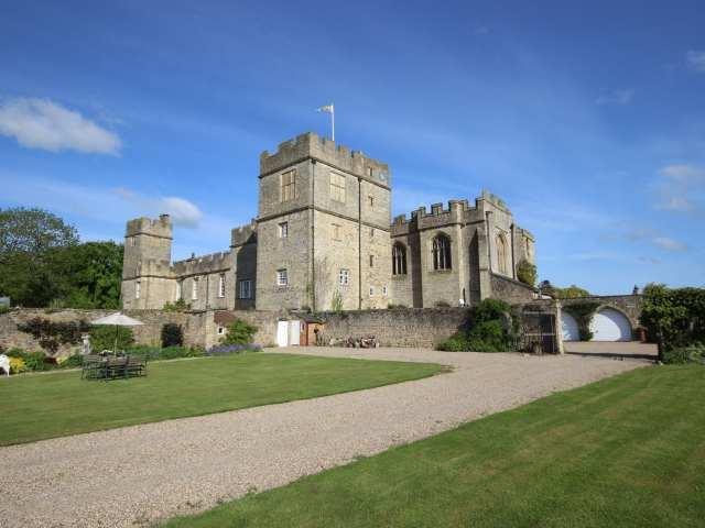 Snape Castle, The Undercroft - 976588 - photo 1