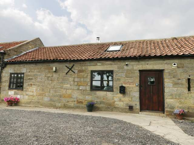Stable Cottage - 986353 - photo 1