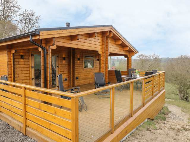 Manor Farm Lodges - Red Kite Lodge photo 1