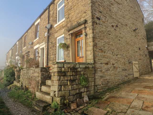 7 Bank Cottages photo 1