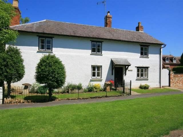 Elmhurst Cottage - 988720 - photo 1