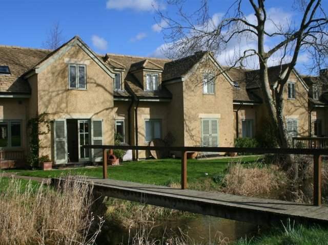 Kingfisher House - 988726 - photo 1