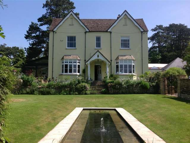 Prospect House - 988743 - photo 1