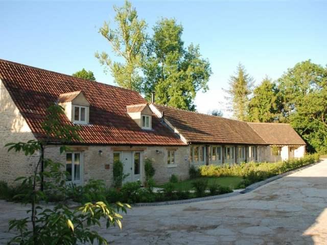 The Long Barn - 988817 - photo 1