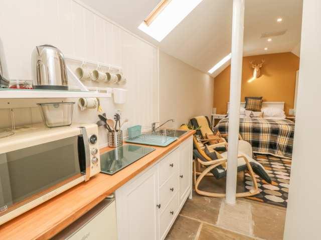 Thompsons Cottage - 999743 - photo 1