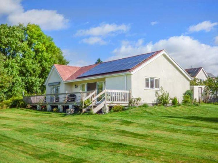 Clovermead Cottage | Findern | Peak District | Self Catering