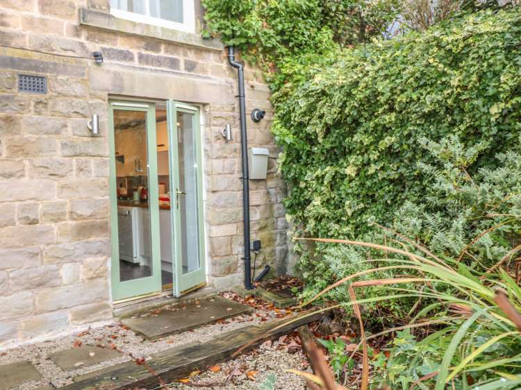 The Garden Flat | Buxton | Peak District | Self Catering