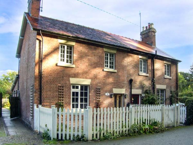 Aqueduct Cottage | Chirk | Chirk/y Waun | Self Catering