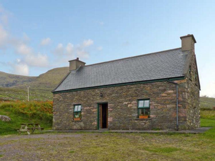 Magnificent An Nead Dingle County Kerry Ballinknockane Self Download Free Architecture Designs Xaembritishbridgeorg