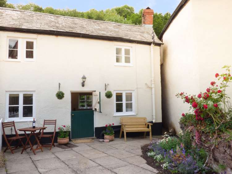 2 Belle Vue | Roadwater | Lower Roadwater | Dorset And