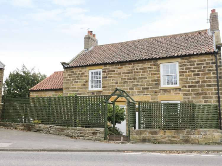 2 Church Cottages   Cloughton   North York Moors And Coast