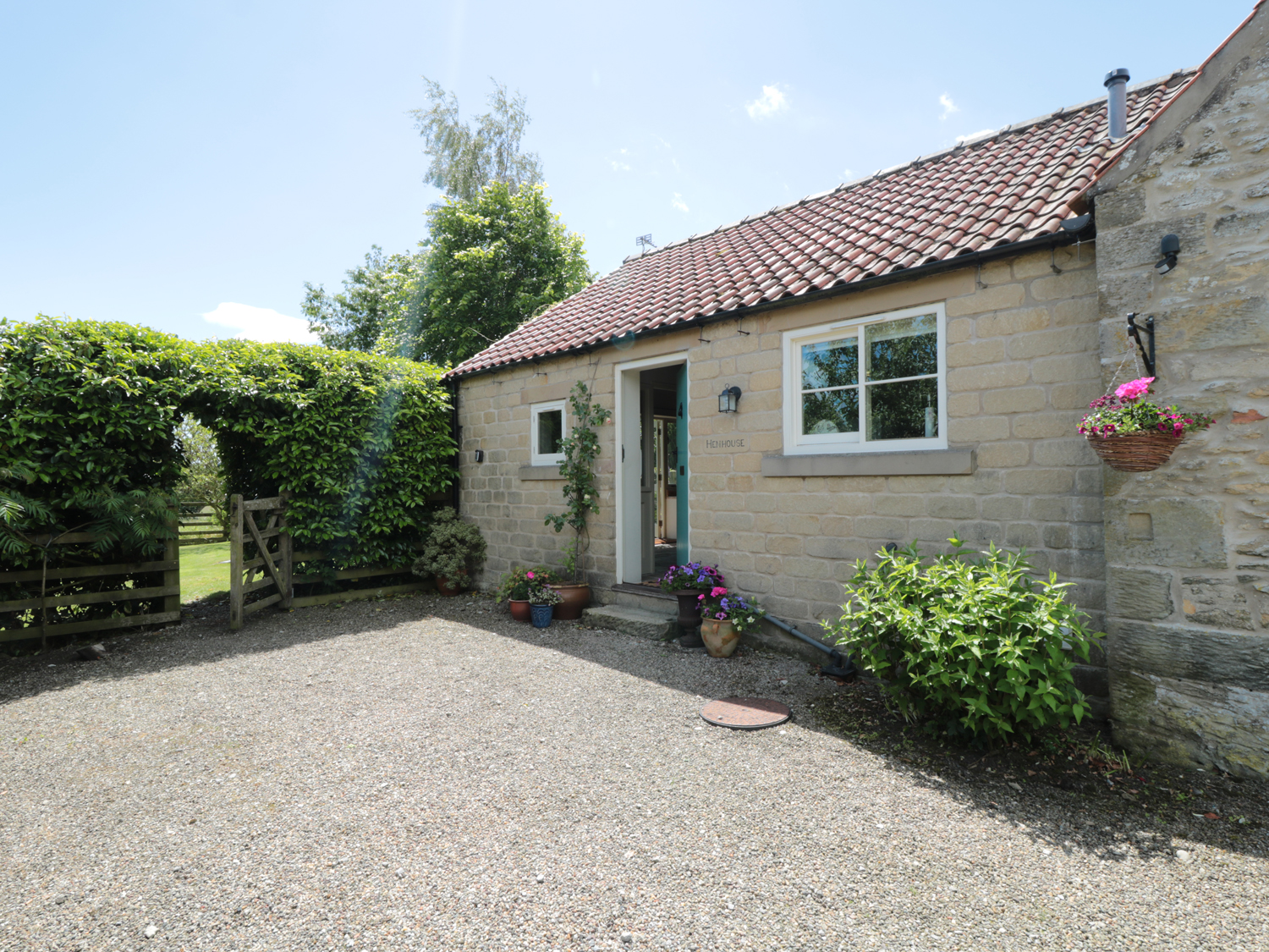 late deals cottages north yorkshire